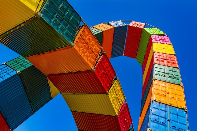 container-4203677_640